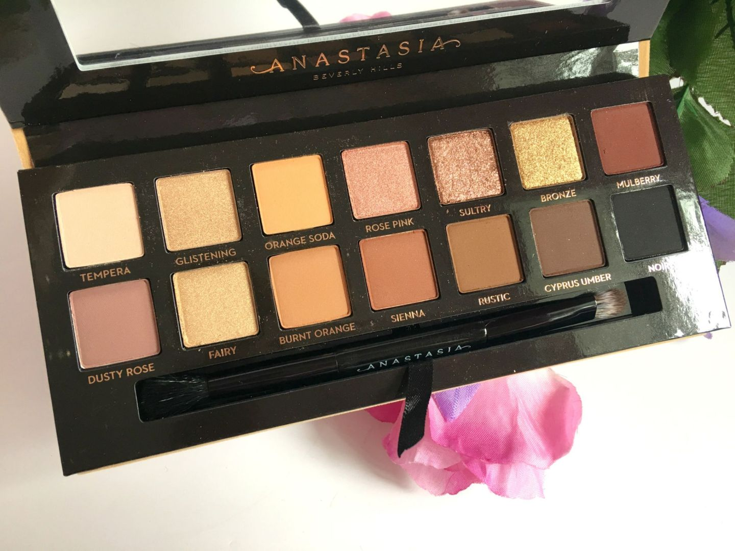 ABH Soft Glam Musings of a Makeup Junkie (6)