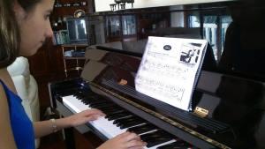 sofc3ada al piano