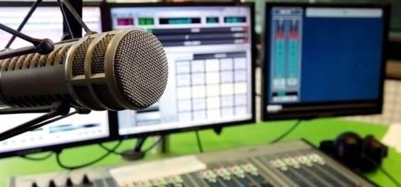 Equipo musical para un estudio de grabación y mastering