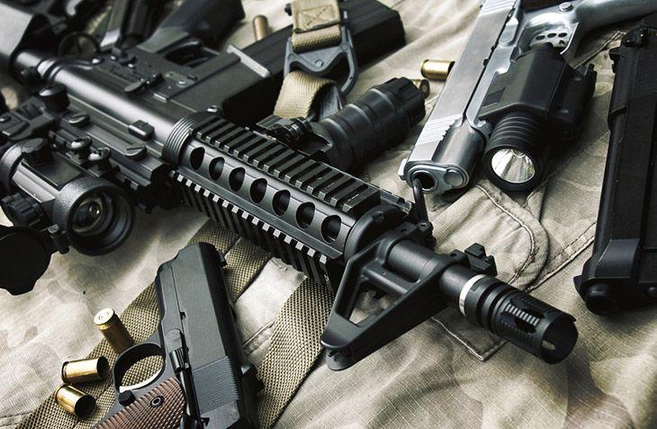 Assault rifle gun M4A1 and pistol