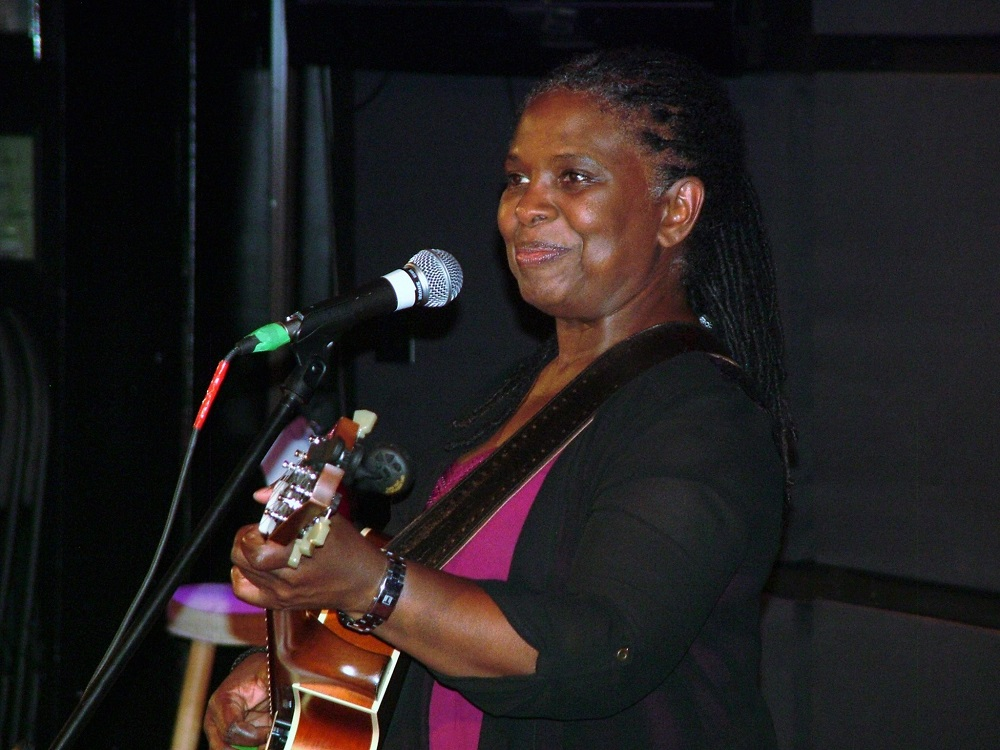 ruthie foster natural storyteller and singer muskoka today. Black Bedroom Furniture Sets. Home Design Ideas
