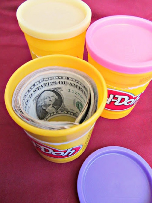 http://mommysavers.com/creative-ways-to-give-money-2/