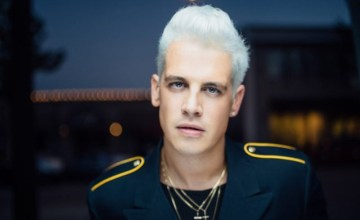 'Alt-Right' Journalist Milo Yiannopoulos Just Landed a Book Deal