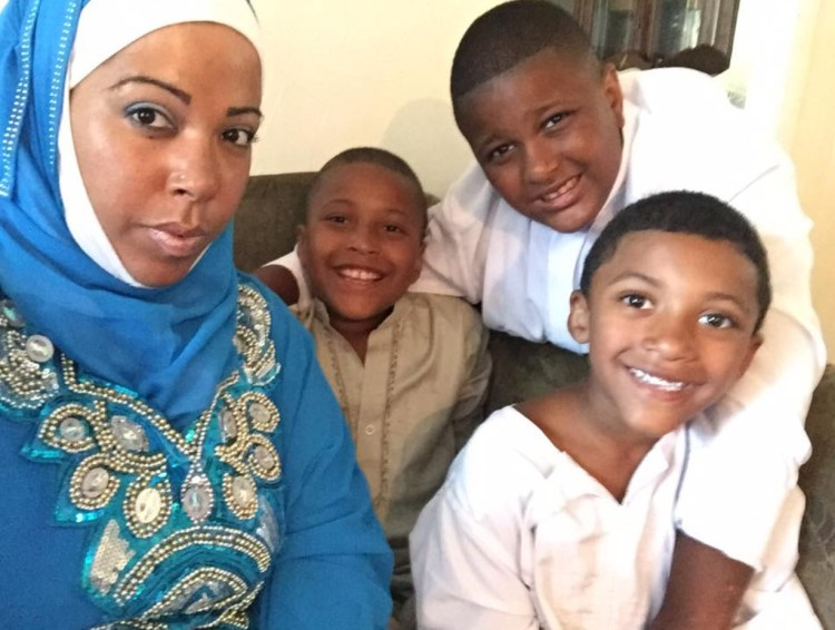 """Lisandra with her boys: Armani, 10, Jamil, 9, and Zamier, 6. """"The reason why I rise up, my boys, my everyday motivation."""""""