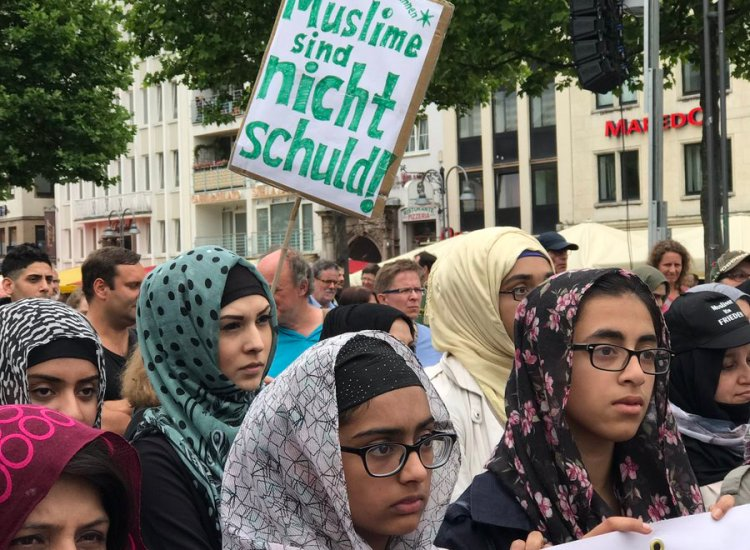 How the 10,000 Muslim March Went