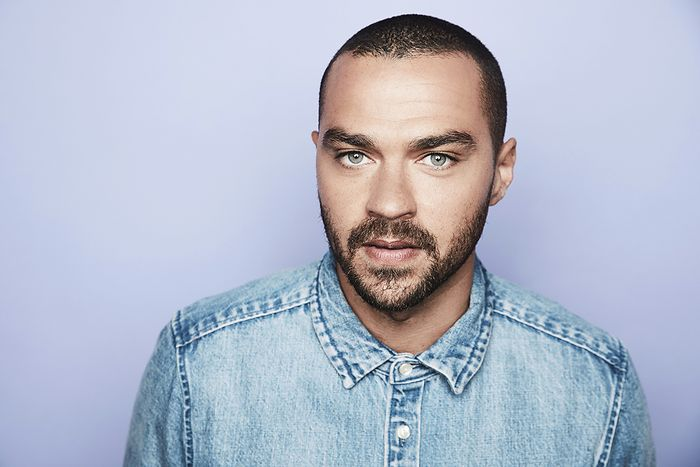 jesse-williams-2017-winter-tca-portraits