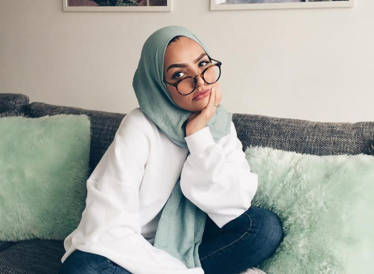 Making Muslim Women Stay at Home Is Against Prophetic Example