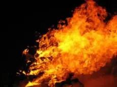 415570_campfire