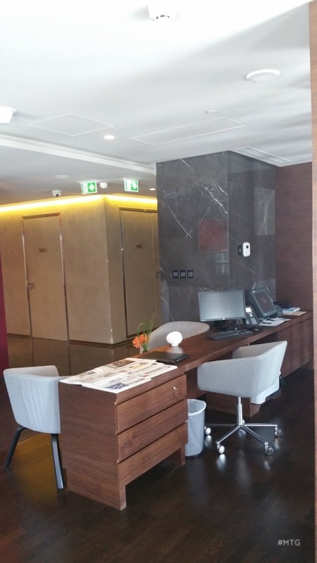 Executive Lounge desk