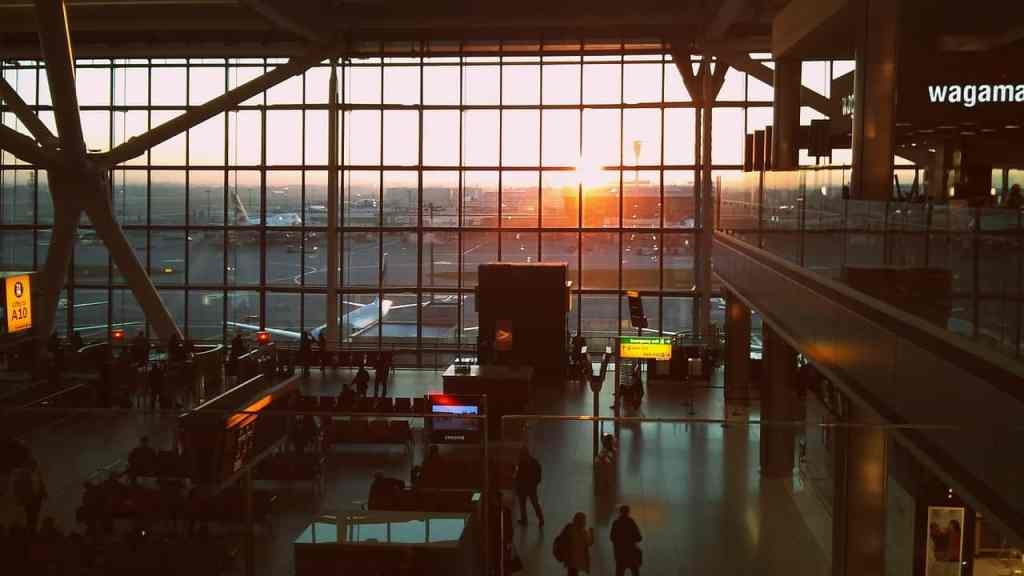 Best Airport for Arrival and Departure During Umrah