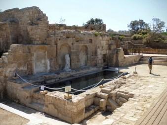 1. Cezarea - najlepiej zachowany w Izraelu kompleks ruin starożytnych i średniowiecznych