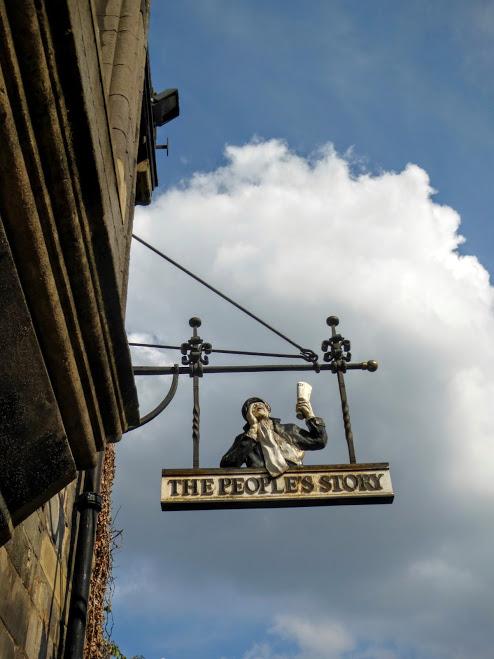 1. Edynburg - szyld skleu