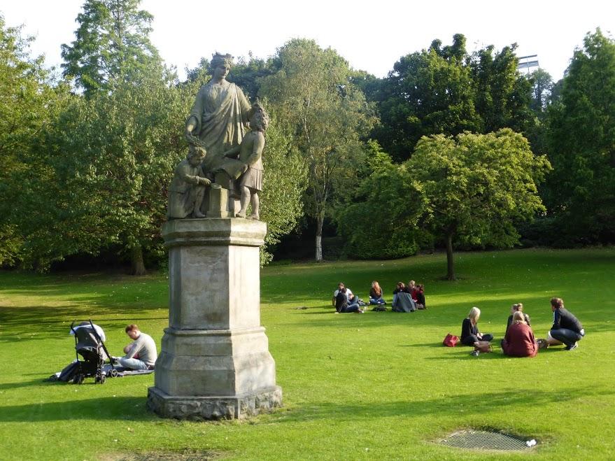10. Edynburg - relaks w parku