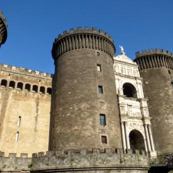 28. Castel Nuovo