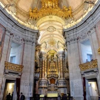 23. Wnętrze kościoła Kleryków
