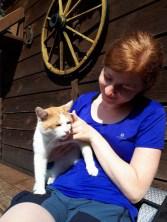 Z kotem pod schroniskiem Cyrla