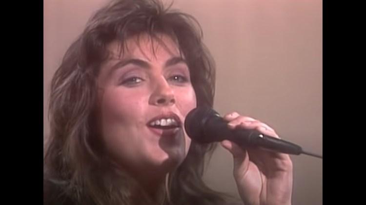 Laura-Branigan-Gloria-Official-Music-Video - muso - music