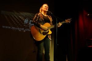 Eröffnete den Abend: Februar-Gewinnerin Stephanie Forryan