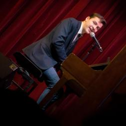 David Husz loves to entertain us. musoc#51