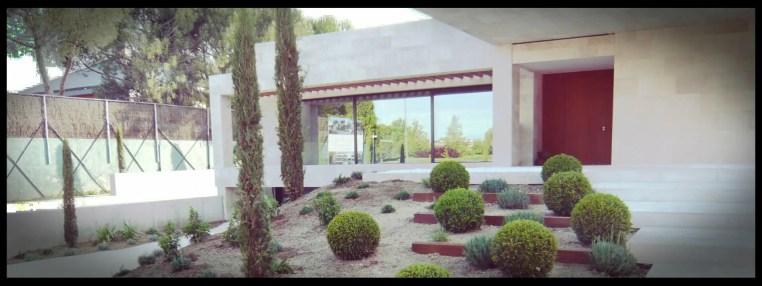 escalinata jardín aravaca 2