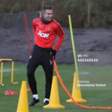 460360536-robin-van-persie-of-manchester-united-in-gettyimages[1]