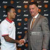 476832638-manchester-uniteds-new-signing-memphis-depay-gettyimages[1]