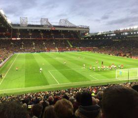 Frispark för United. På Danny Rose You're a Wankers kant.