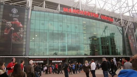 Förhöjd säkerhet på Old Trafford, räkna med längre köer