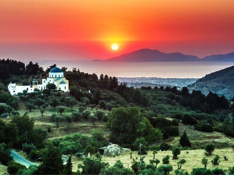Located very close to the coasts of Turkey, Kos island is the second most popular island of Dodecanese, after Rhodes.