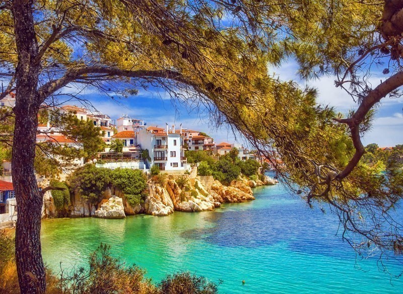 Skiathos is a blessed by nature with over 60 beautiful beaches with the coastline stretch of around 44 kms.