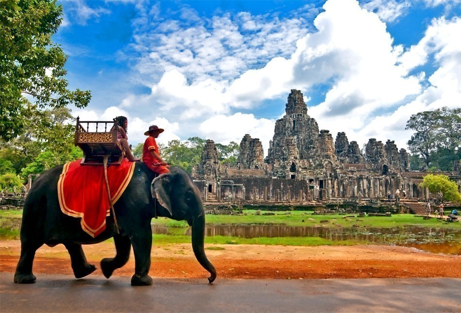 Beautiful View of Angkor, Cambodia | Top 10 Backpacking Destinations Around the World