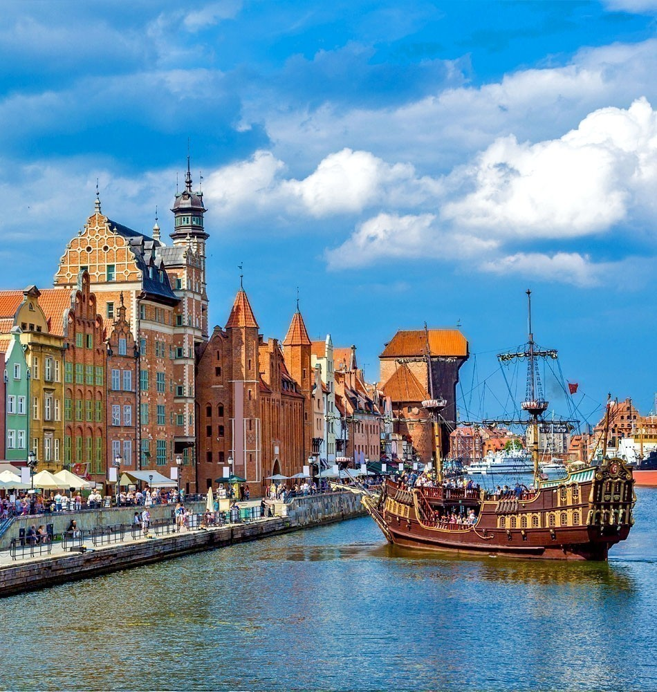 Colourful historic houses in port of Gdansk, Poland | TOP 10 Most Romantic European Cities You Must Visit