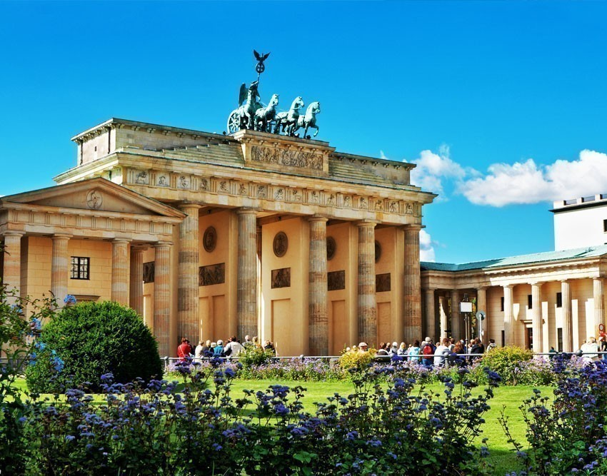 Beautiful View of Brandenburg Gate in Berlin | 10 Awesome Things to Do and See in Berlin