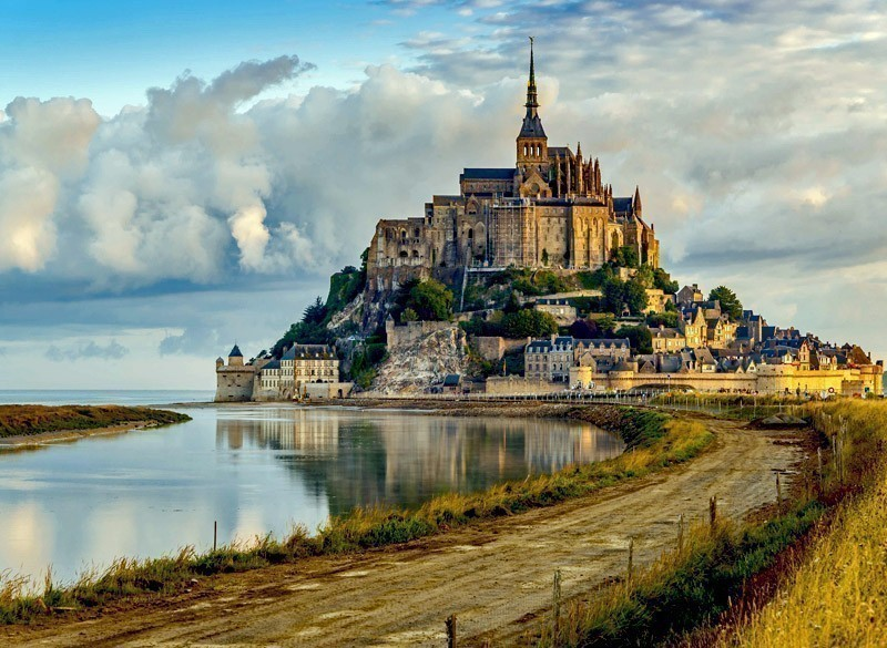 Morning view at the Mont Saint-Michel | 10 Most Exquisite Places to Visit in France