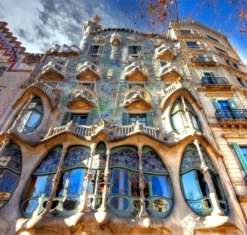 The facade of the house Casa Battlo designed by Antoni Gaudi   |   What to Do in Barcelona in 3 Days