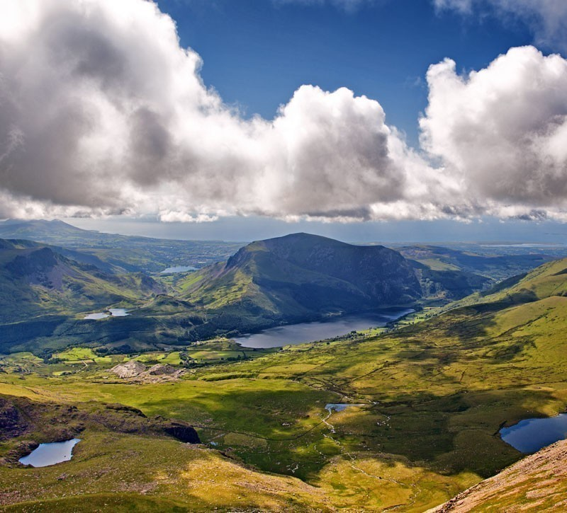 The home of Snowdon mountain, Snowdonia is actually a national park; one of the most impressive ones you'll visit in the U.K., at least. | 10 Must Visit Destinations To Experience The Best Of Great Britain