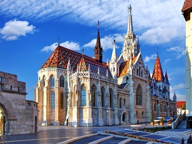 Beautiful Fisherman bastion in Budapest, Hungary | What to Do in Budapest in 3 Days