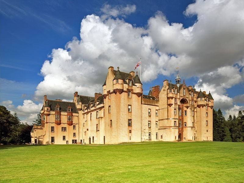 Fyvie Castle, a magnificent Scottish Baronial fortress | 13 Fairytale Castles You Must Visit In Scotland