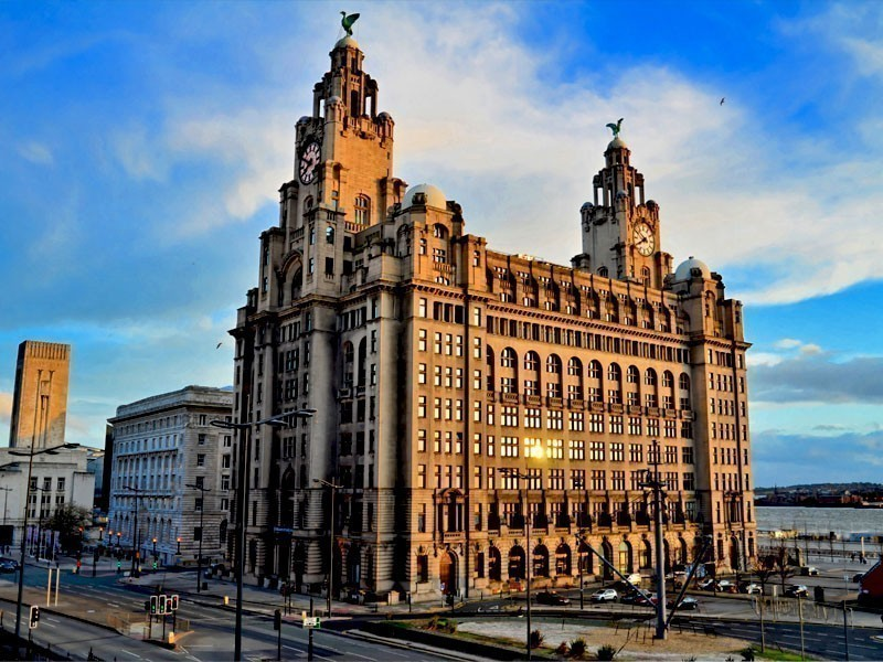 Beautiful Royal Liver Building in Liverpool, designed by the architect Walter Aubrey Thomas | What to Do in Liverpool in 3 Days