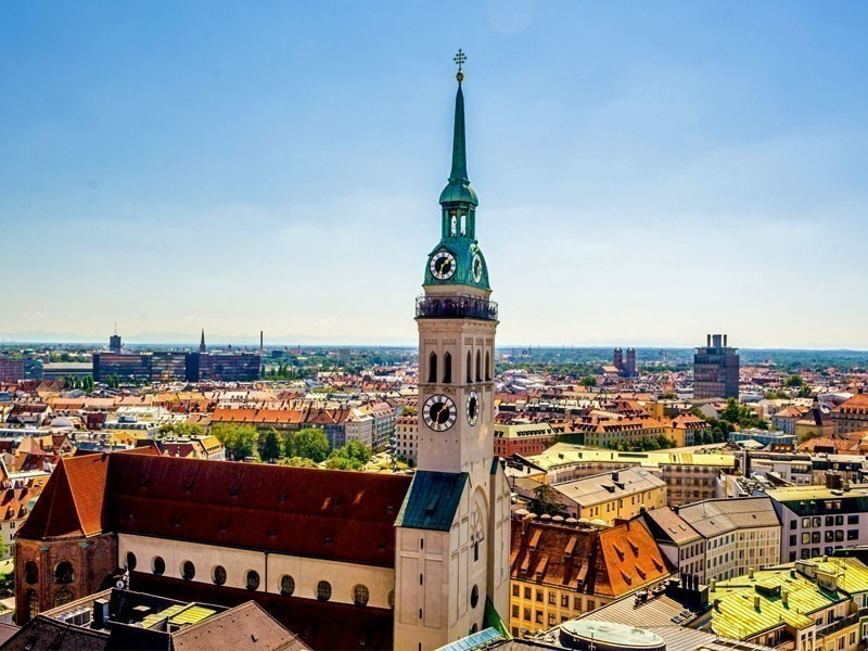 Peterskirche (St. Peter's Church) – the oldest and the smallest church of Munich, Germany | What to Do in Munich in 3 Days