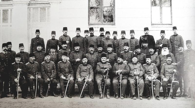 Kâzım Özalp'in Atatürk Anıları, Arnavutluk İsyanı ve İlk Şapka Konusu