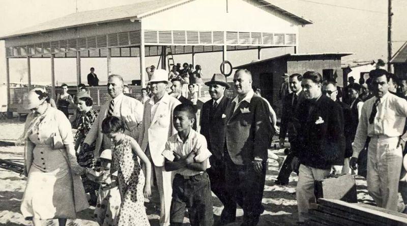 Atatürk Ebedi Türk, Halit Fahri Ozansoy, Uyanış