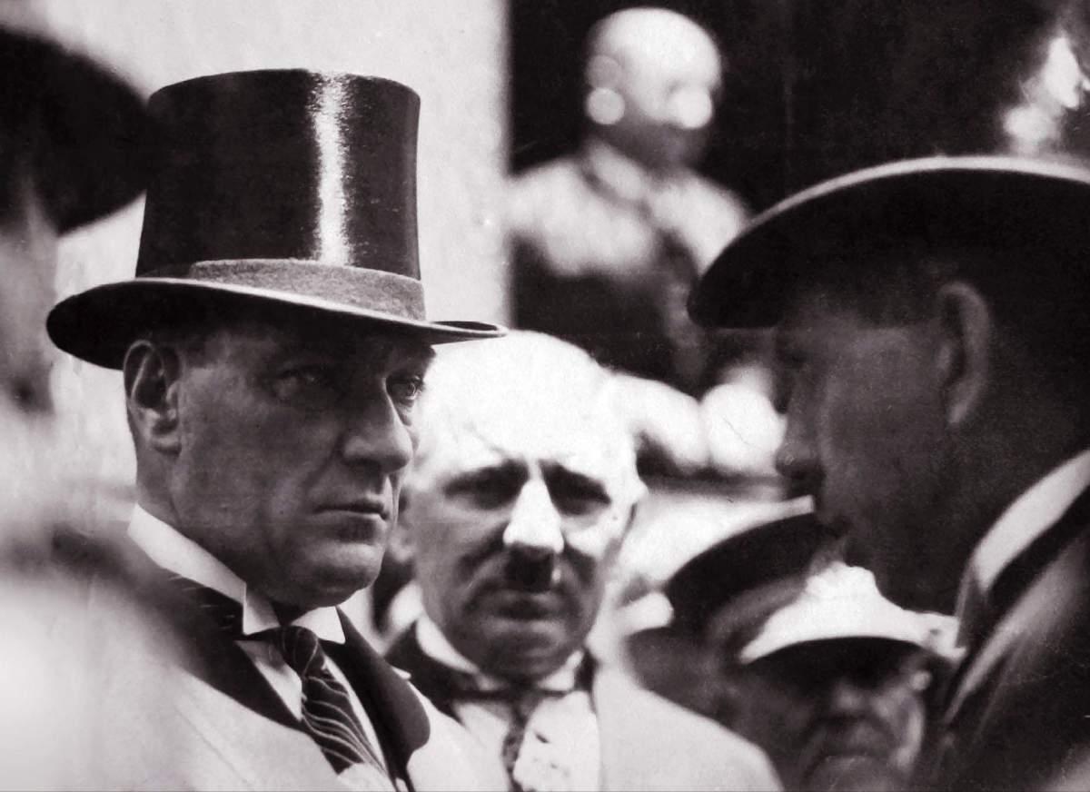 Mustafa Kemal Atatürk Türk Değil Diyenlere Cevap