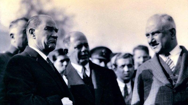Atatürk'ün Fotoğrafçısı Cemal Işıksel'in Objektifinden Muazzam 30 Atatürk Fotoğrafı