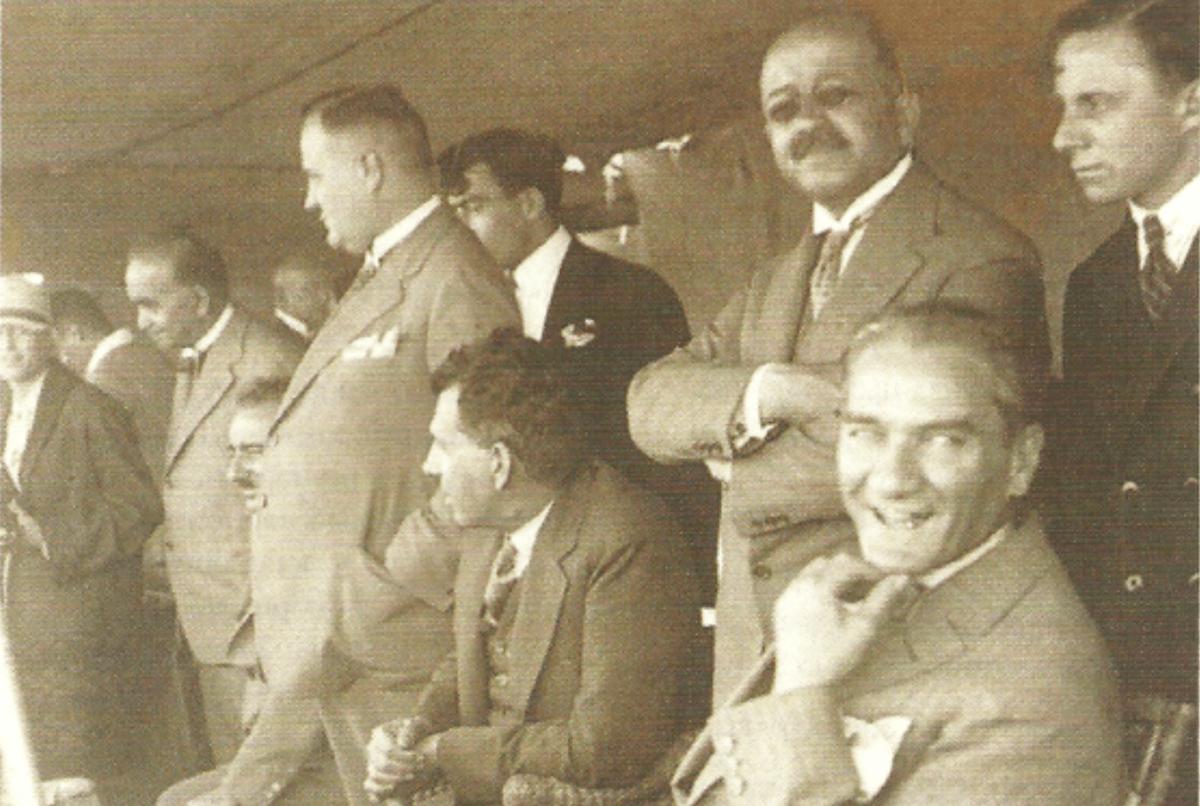 """Atatürk """"Kemal"""" Adını Nasıl Aldı?"""