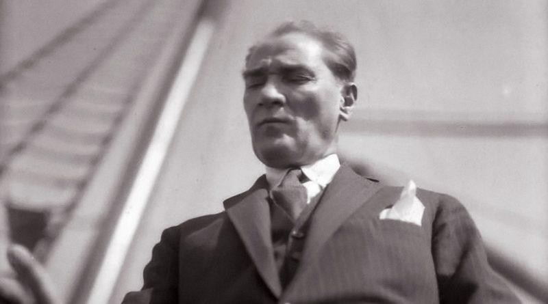 Salih Bozok'tan Atatürk'e Ait Canlı Hatıralar