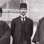 Atatürk, Halifeliği Kaldırırak Devletimize Yepyeni Bir Yaşam Canlılığı Kazandırıyordu