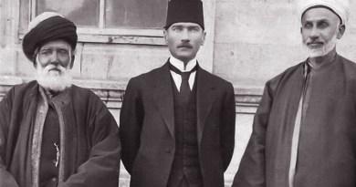 Atatürk, Halifeliği Kaldırırak Devletimize Yepyeni Bir Yaşam Canlılığı Kazandırıyordu