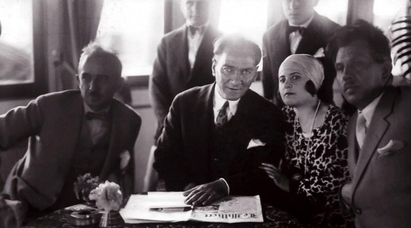 Mustafa Kemal Ve… Edebiyat