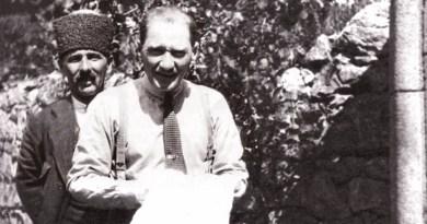 Atatürk Devrinde Çankaya Köşkü'nün Kapıları Köylü Yurttaşlarımıza Ardına Kadar Açıktı…